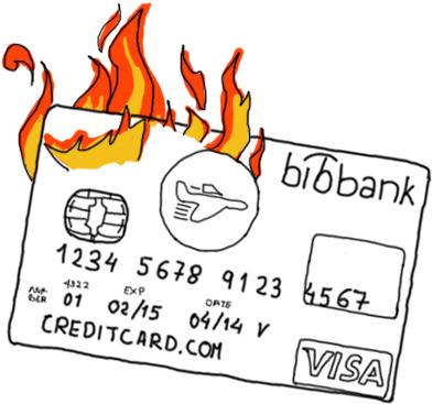 Tarjeta de crédito ardiendo.