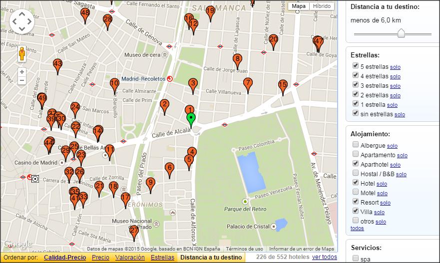 """Ejemplo del mapa de resultados de una búsqueda de hoteles usando la opción """"establecer destino""""."""