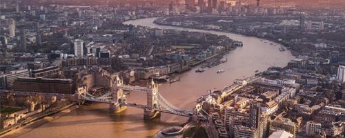 puente 1 de mayo london