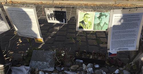 guía de budapest - contra monumento