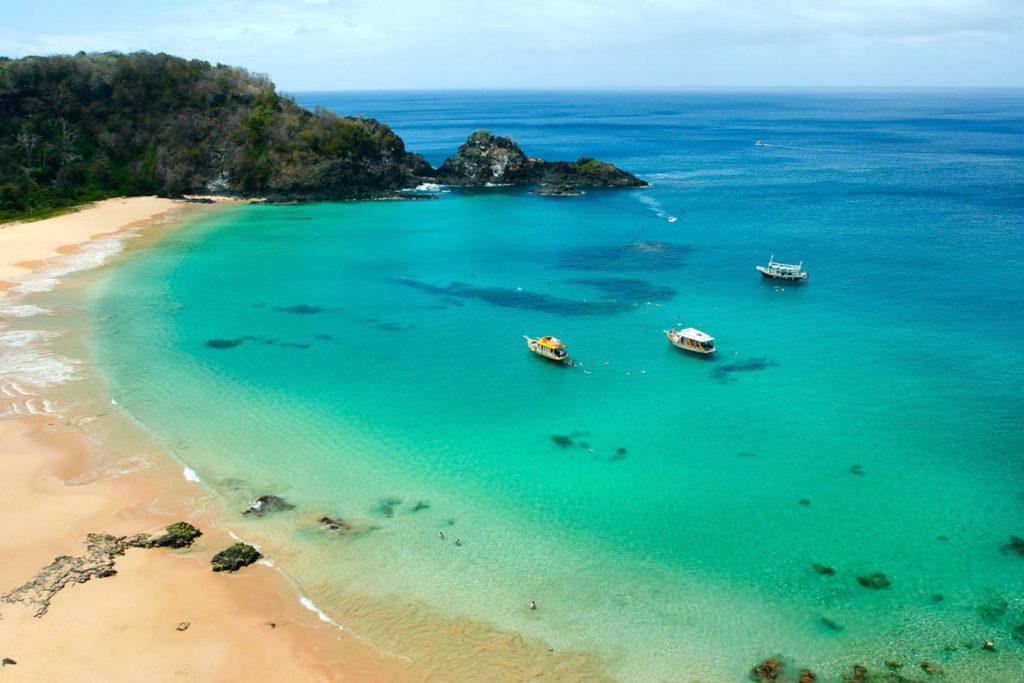 Baia do Sancho, para muchos, la mejor playa del mundo (descubrabrasil.cl)