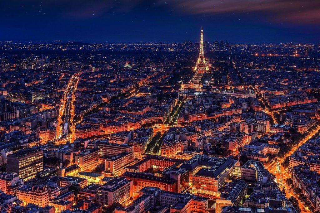 En París te esperan, pero con PCR (Pixabay)